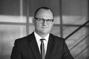 Stephan Reinhardt (Rechtsanwalt): Zürcher Kanzlei feiert einjähriges Bestehen