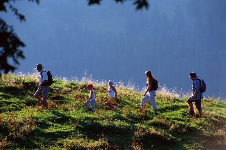 Abenteuer Alpen: im Wanderurlaub mit Kindern Tirol erkunden