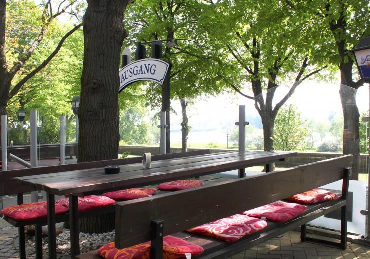 Stimmungsvolle Sommertage in Köln erleben