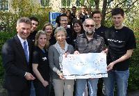 HHL-Rektor und Studenten erlaufen 500 Euro für