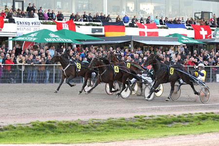 Grand Prix Meeting 2014: Drei Tage internationaler Trabrennsport in Hamburg