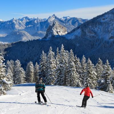 Winterurlaub im Allgäu: Schneespaß in Pfronten für die ganze Familie