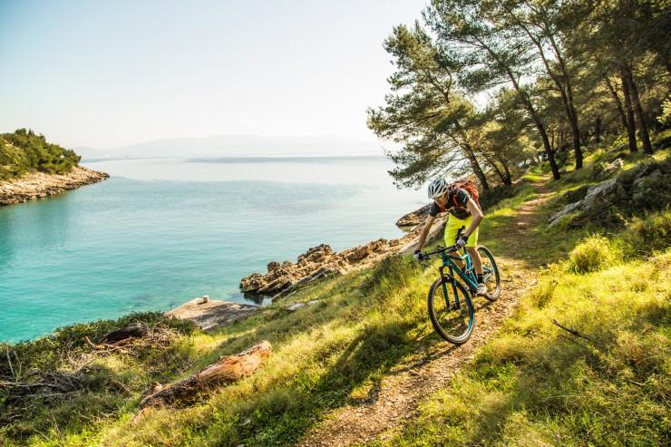 Wild things: Radreisen zur Schwarzmeerküste und ins exotische Kambodscha