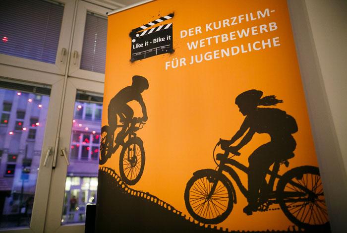 Jugendliche sehen Fahrrad als Tor zur Freiheit