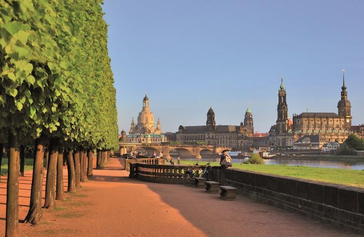 Neuer Last Minute Prospekt: Über 100 Städte- und Urlaubsreisen für Mai und Juni