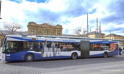 Busse und Straßenbahnen in neuem Gewand