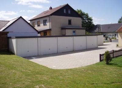 Exklusiv-Garagen: Platz für Wohnungen und Autos