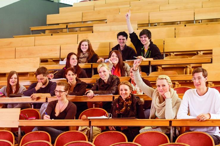Günstiger zum Traumberuf im MINT-Bereich - nta-Bildungsoffensive