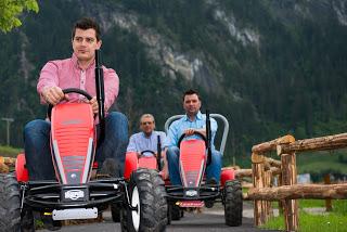 SchauBauernhof und GENUSSlöffeln: neue Attraktionen in der ErlebnisSennerei Zillertal