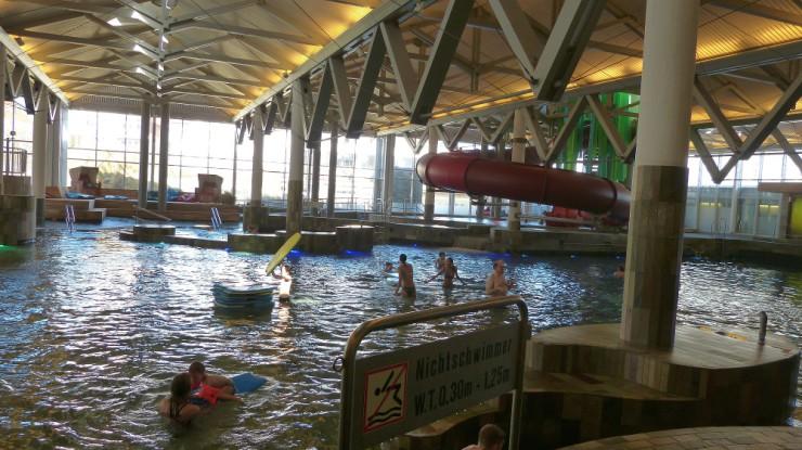Schwimmbadanlagen für Thermen und Freizeitbäder