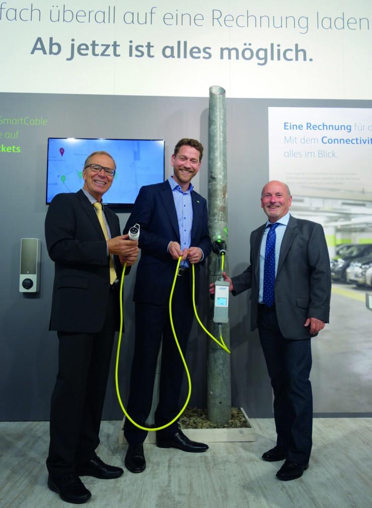 Energieversorger GGEW AG wird Mobilstromlieferant: Mit der Technologie von ubitricity laden GGEW-Kunden jetzt Ökostrom an günstigen Ladepunkten.