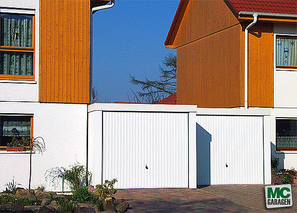 Duplex-Garage als Schrottpresse oder Doppelgarage von MC-Garagen?