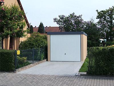 Exklusiv-Garagen mit Leitplanke bauen?