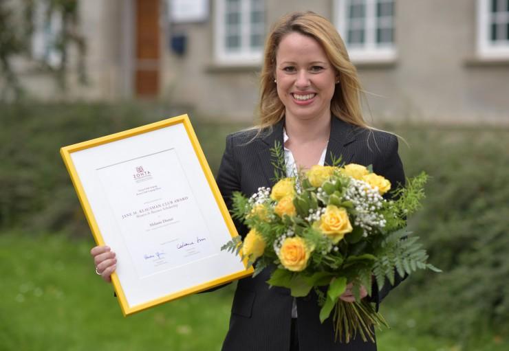 HHL-Absolventin Melanie Diener hilft Frauen aus der Komfortzone