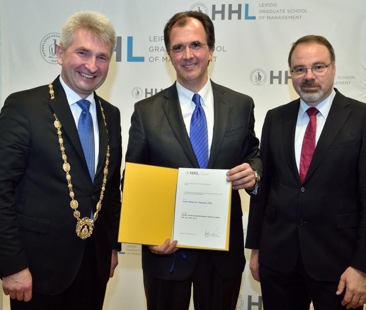 HHL verleiht Ehrendoktorwürde an Harvard-Professor Stefan H. Thomke