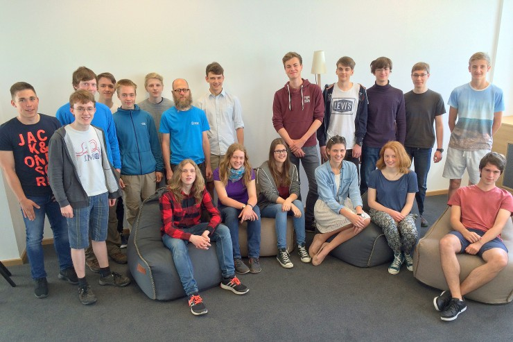 Teamarbeit: HHL-Leibniz-Mathe-Olympiade 2016
