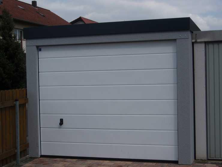 Garagenrampe.de schützt das Auto sicher