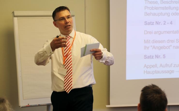 Seminar: Körpersprache und Verkaufsrhetorik