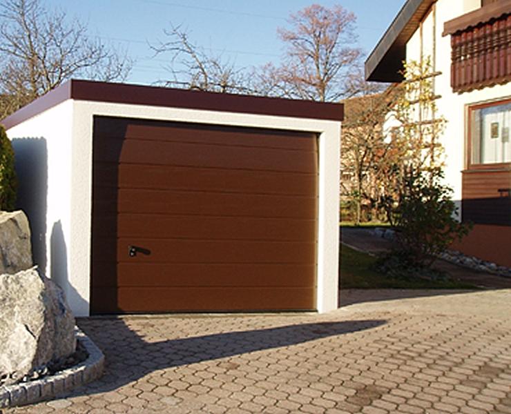 Exklusiv-Garagen, Batterien und Beton