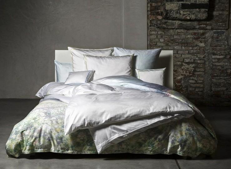 Luxuriöse Stoffe, Bettwaren und Accessoires von Christian Fischbacher