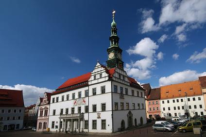 Immobilienbewertung Lutz Schneider wertet intensiv den Pirnaer Grundstücksmarkt aus