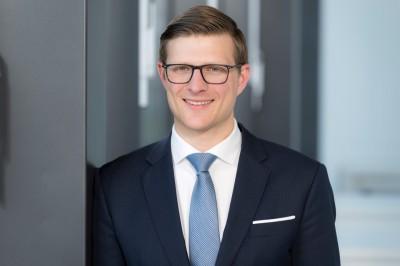 CEO für einen Monat: HHL-Student begleitet Adecco-Chef Schürmann im Tagesgeschäft