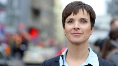 Frauke Petry: EU-Flüchtlingspolitik à la Göring-Eckardt - Erpressung, Strafzahlungen, Druck