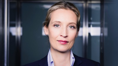 Alice Weidel: NGOs leisten der illegalen Einwanderung nach Europa Vorschub
