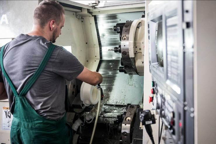 HaWi-Tec aus Sachsen-Anhalt gehört zu den zehn größten Kunststoff-Zerspanern in Deutschland