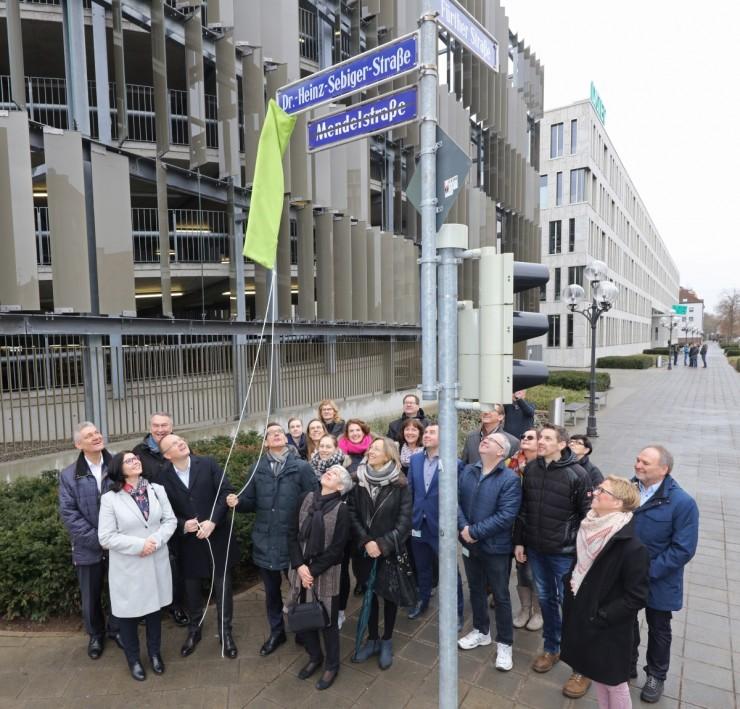 Stadt Nürnberg würdigt Dr. Heinz Sebiger