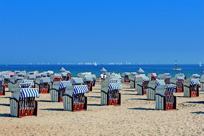 Urlaubsreisen für Menschen mit  Demenz und Angehörige  Deutsche Alzheimer Gesellschaft  veröffentlicht aktuelle Infos