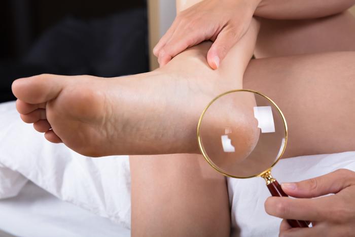 Zum Weltdiabetestag am 14 November: Fußpflege - für Diabetiker so  wichtig wie das tägliche Zähneputzen