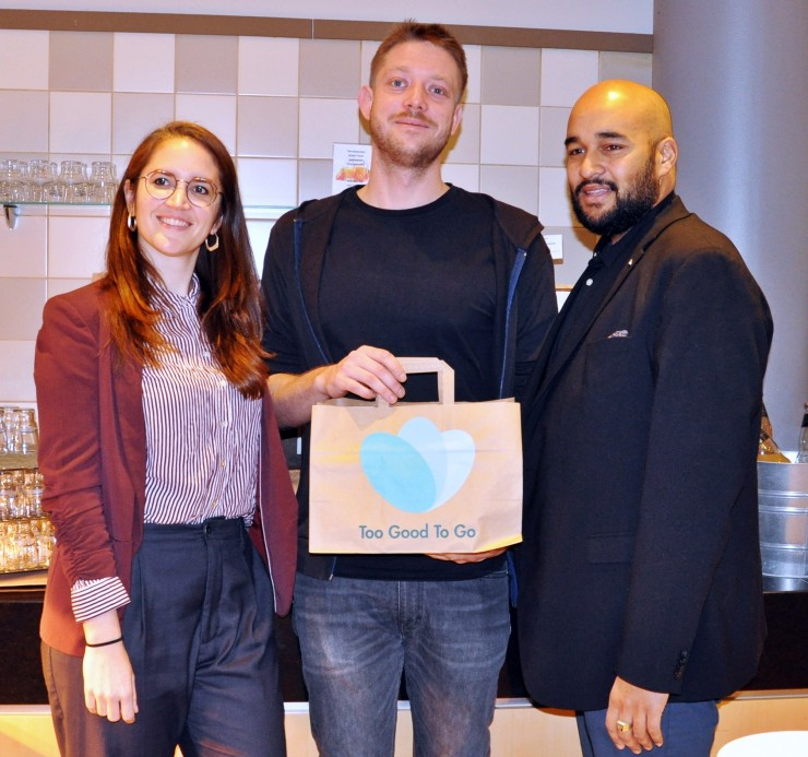 Starke Partner im Kampf gegen Lebensmittelverschwendung: Mercure Hotel Berlin City gibt die 100.000ste gerettete Mahlzeit in der Stadt aus