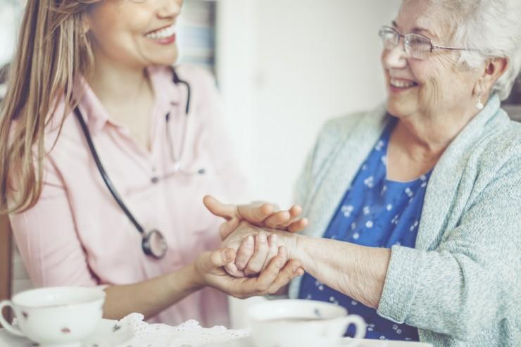 Belohnung zum Internationalen Pflegetag: RECHNUNG.de sagt Danke!