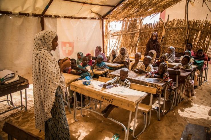 Burkina Faso im Strudel der Gewalt: Situation für Kinder katastrophal / SOS-Kinderdörfer weiten Hilfe aus