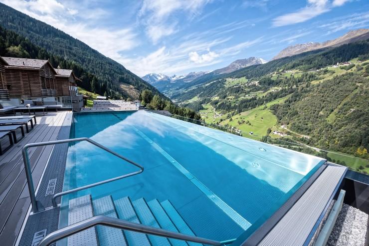 Aktiv-Urlaub in Tirol: Traumhafte Angebote im Chalet-Dorf Bergwiesenglück