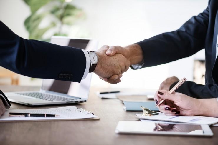 Elbe Finanzgruppe und Decimo schließen sich zu führendem digitalen Liquiditätsanbieter zusammen