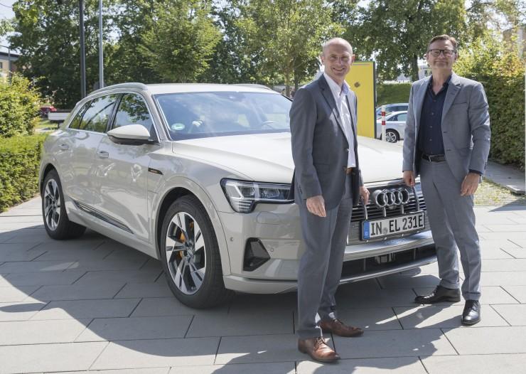 Vernetzt fährt gut - E.ON-Tochter Bayernwerk AG und Branchenverband VDA bringen gemeinsam Elektromobilität voran