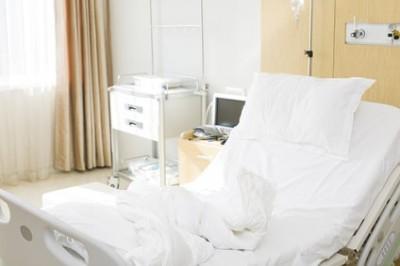 Statt Neukauf: Medi-clean reinigt Matratzen bundesweit für Private und Gastgeber