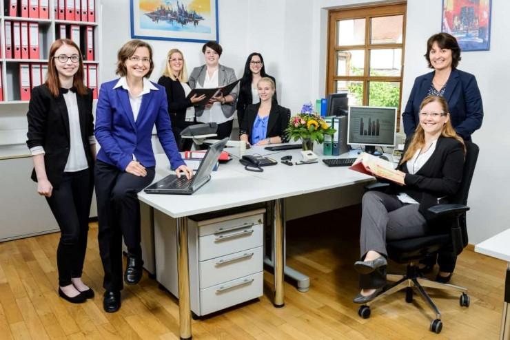 Steuerkanzlei Annemarie Menrath präsentiert Beratungsangebot zur Unternehmensnachfolge