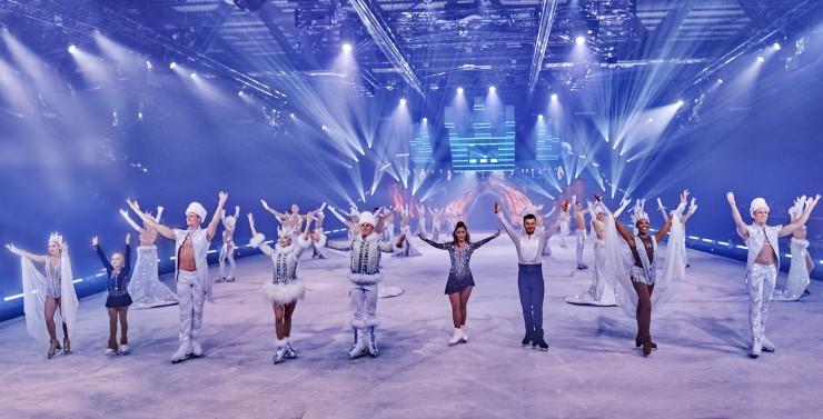 HOLIDAY ON ICE startet mit erfolgreichem Tourauftakt von SUPERNOVA  A journey to the stars in die Eis-Saison
