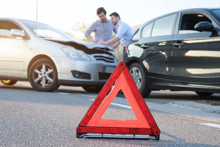 Tricks der Kfz-Versicherungen  sparen auf Kosten geschädigter Autofahrer