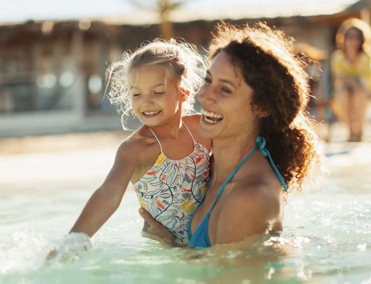 Swimmingpool: Urlaub im Garten