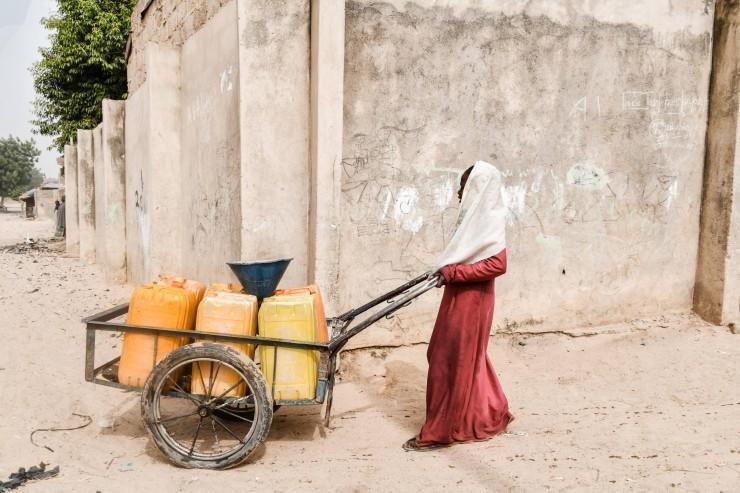 ?In Nigeria eskaliert die sexuelle Gewalt durch Corona-Maßnahmen / SOS-Kinderdörfer fordern Schutz für Mädchen und Frauen