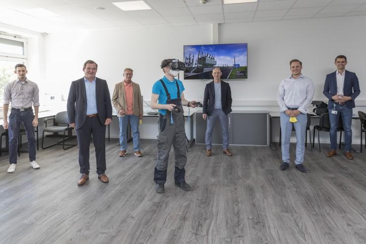 Pfaffenhofener Bayernwerk-Azubis lernen ab sofort in virtueller Welt - Entwicklung aus eigener Digitalisierungsschmiede