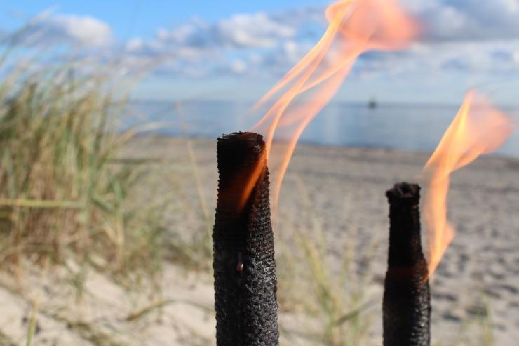 Fehmarn im Lichtermeer - Monde für die Strandallee