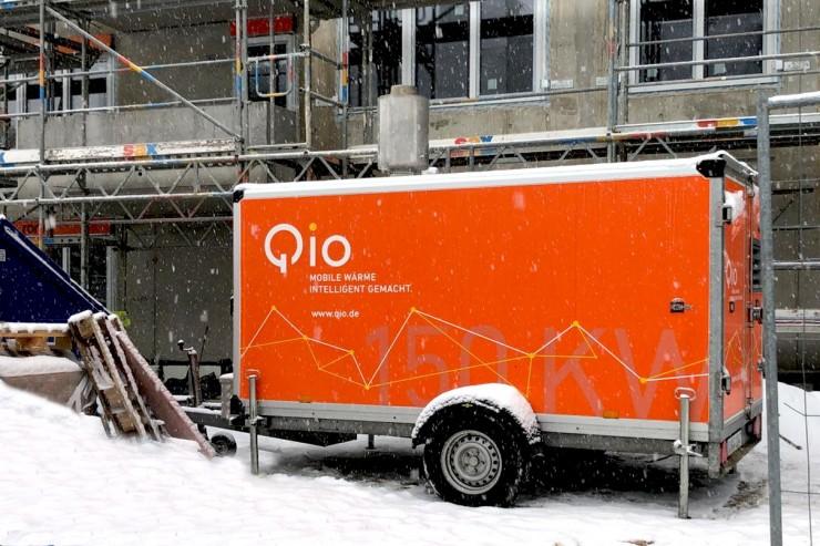 Heizungsausfall im Winter? Qio unterstützt das SHK-Handwerk mit 24-Stunden-Notfallwärme