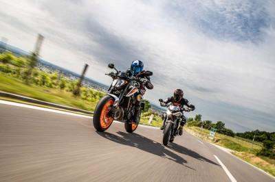 Führende Motorradzubehörteile-Online-Shops für ganz Deutschland - triumph-teileshop.de & ktm-onlineshopping.de