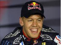 Vettel setzt frühes Zeichen