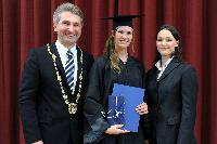 Beste Marketingstudentin an der Handelshochschule Leipzig (HHL) ausgezeichnet
